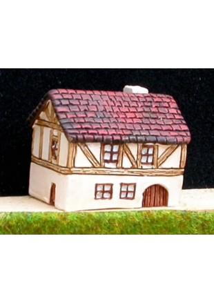 M10 Maison médiévale avec porte cochère et toit de tuiles