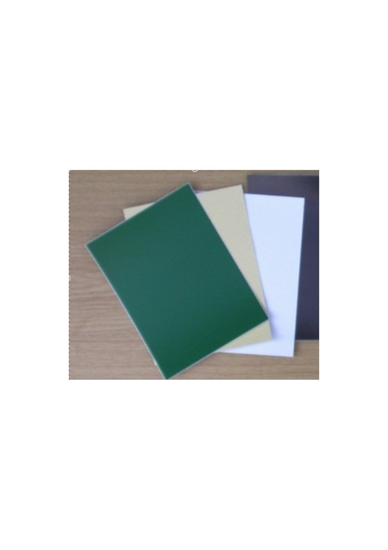 feuille autocollante verte (15cm x 20cm)