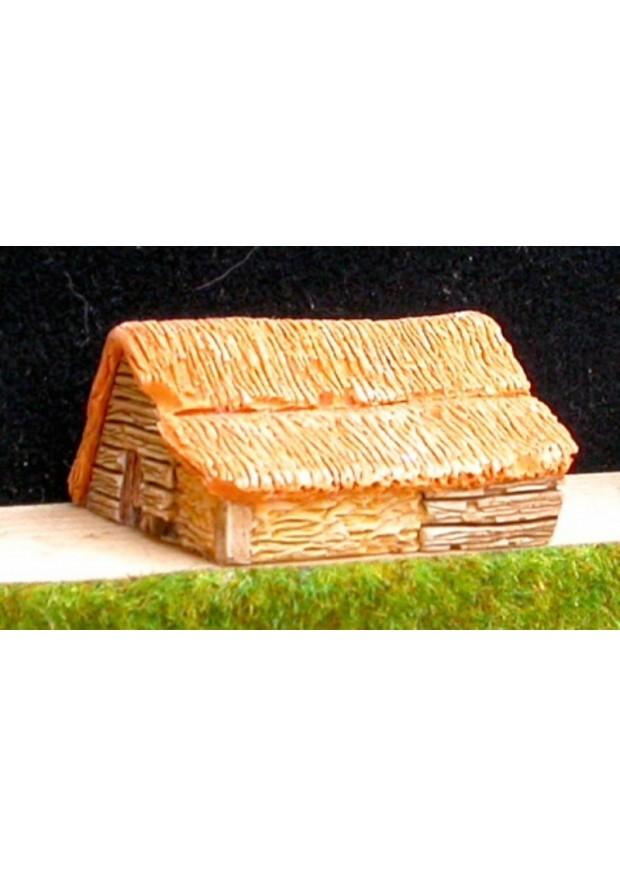A5 Maison en bois et toit de chaume avec grenier à foin