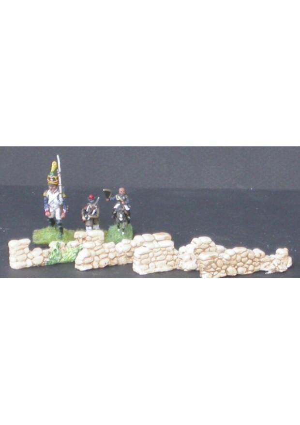 MUR4 4 petits murs en pierre ruinés